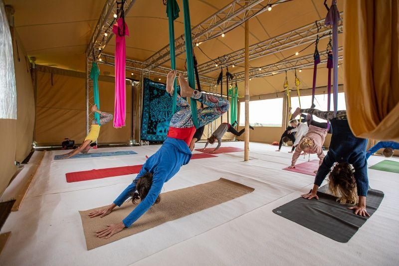 fries-en-fruitig_afb_yoga-retreat_3 (3).jpg