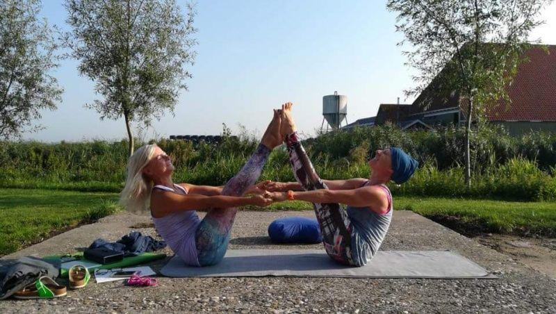 fries-en-fruitig_afb_yoga-retreat_16.jpg