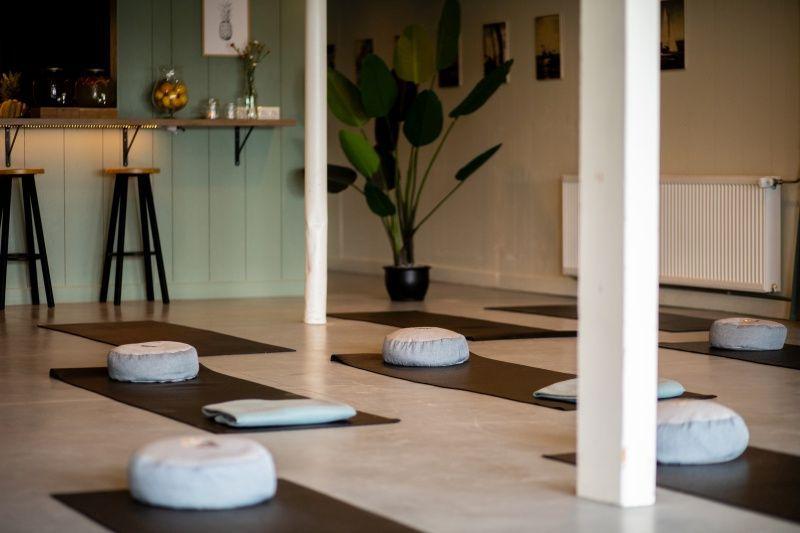fries-en-fruitig_afb_yoga-retreat_14.jpg